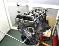 2TGエンジン分解中