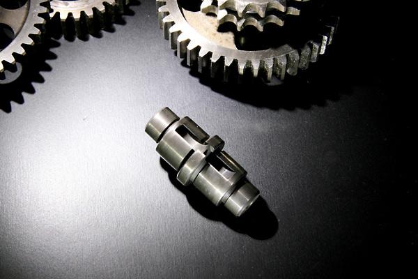 S20エンジン用ドリブンギアーシャフト