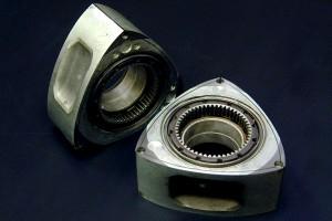 ロータリーエンジン加工